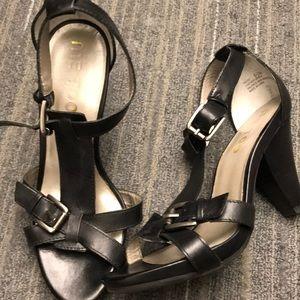 Me Too Black Leather High Heel Sandals
